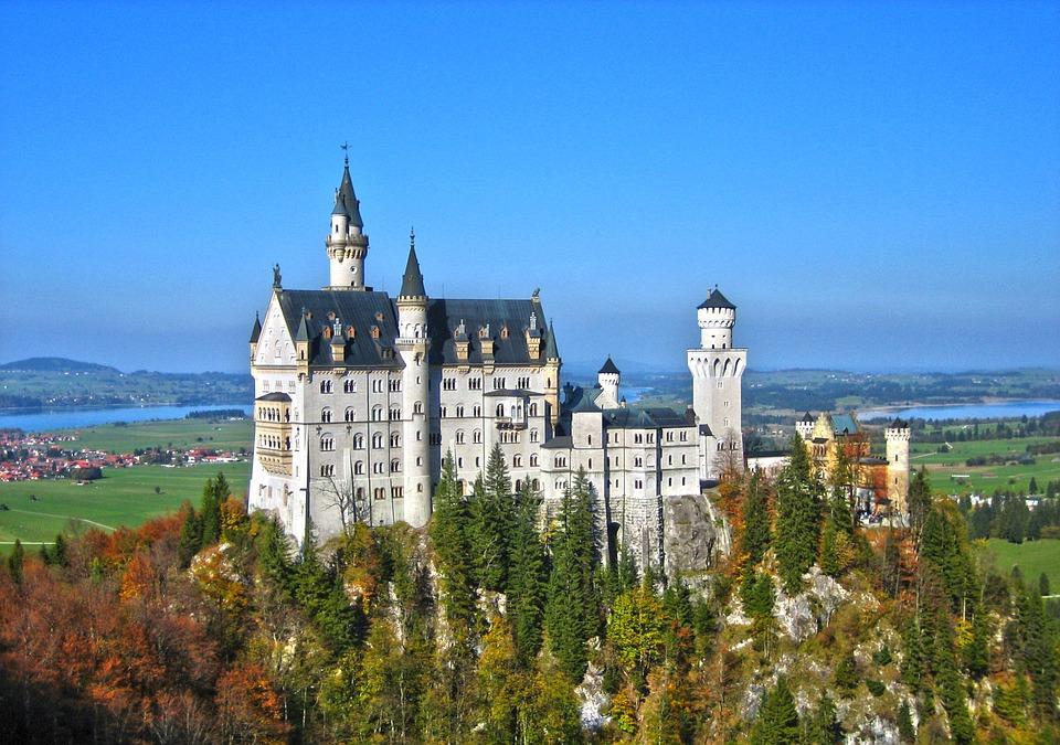 neuschwanstein-castle-783674_960_720
